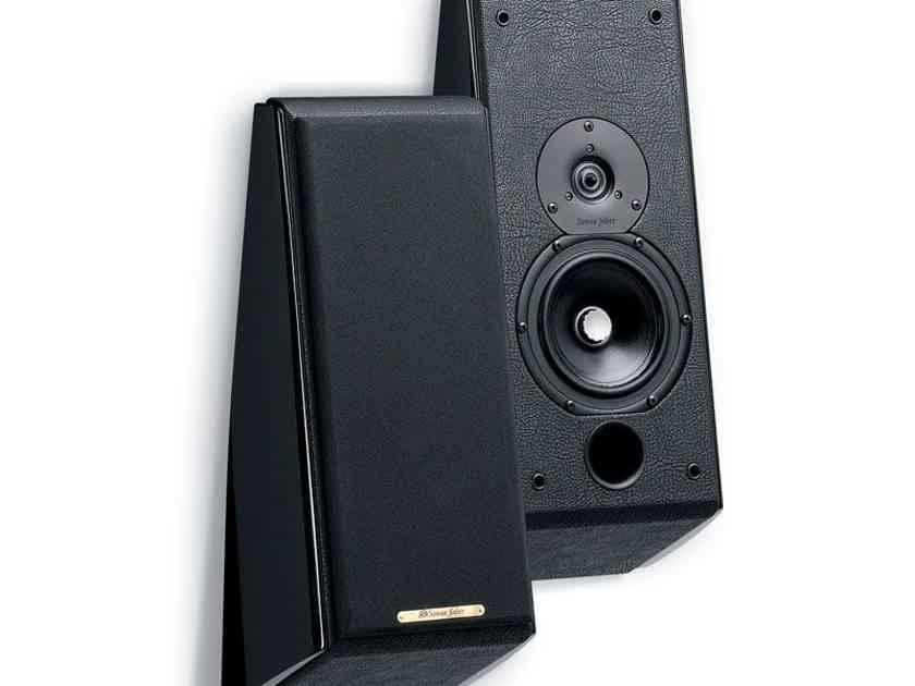Sonus Faber DOMUS Wall Speakers - Like New