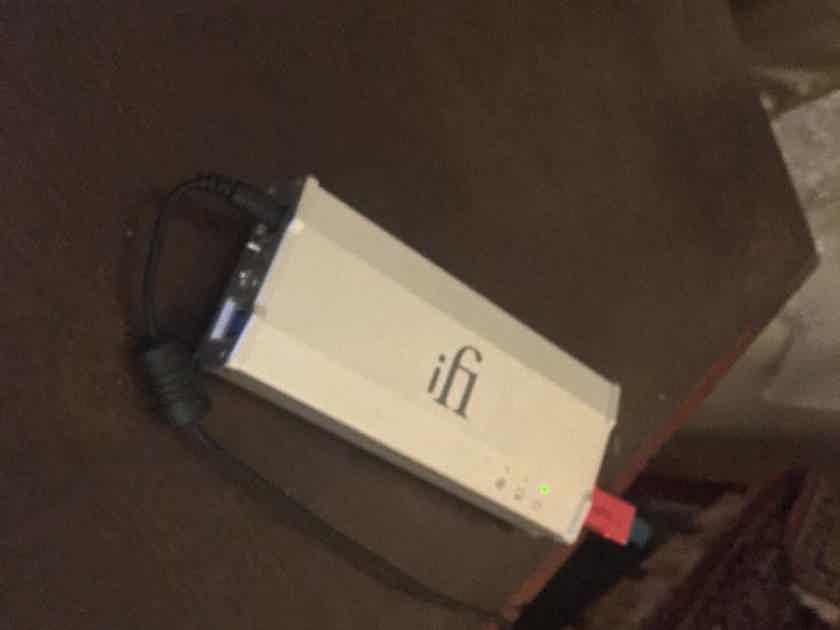 Ifi Audio IDSD MICRO BLACK EDITION & IUSB 3  signal reclocker combo