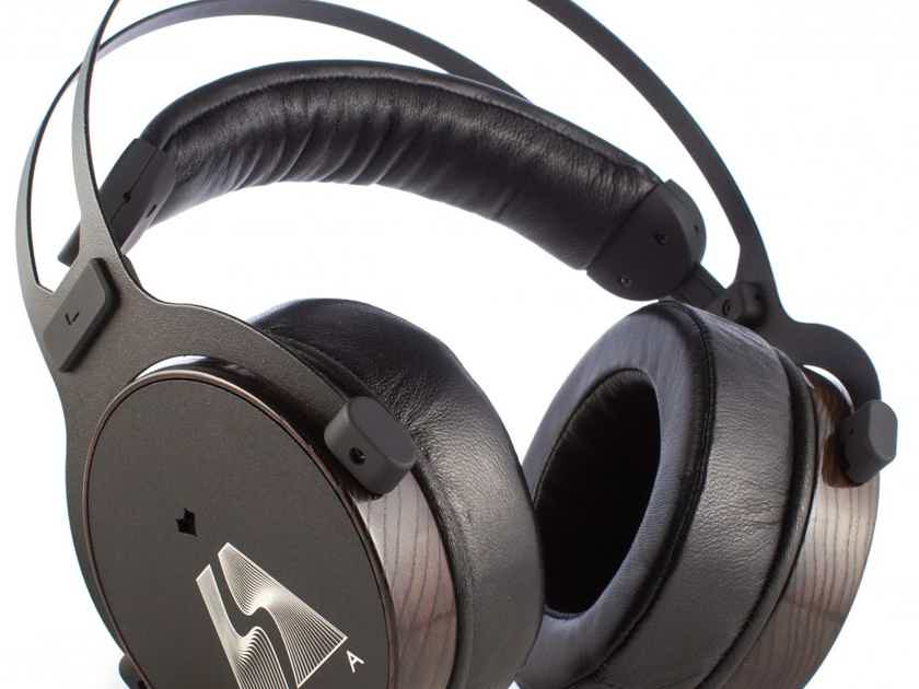 LSA Group HP-3 Nova The best headphone at $599.00 with Worldwide freight