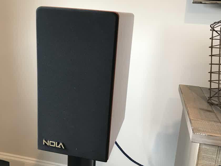 Accent Speaker Technology Nola Boxer S1
