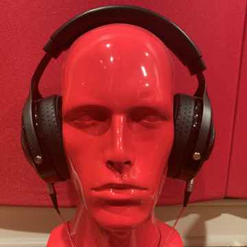 Utopia Headphones W/Heimdall