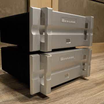 Bryston 28B-SST2 - 1000 Watt Monoblock Amplifiers - MINT