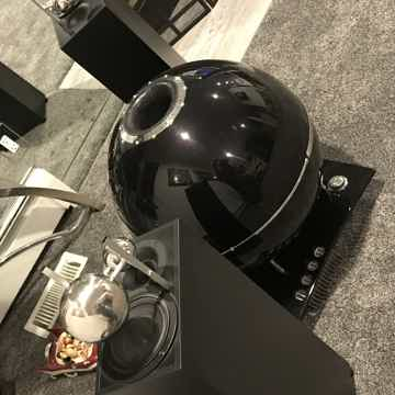 Duevel Loudspeakers Planet