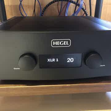 Hegel 590