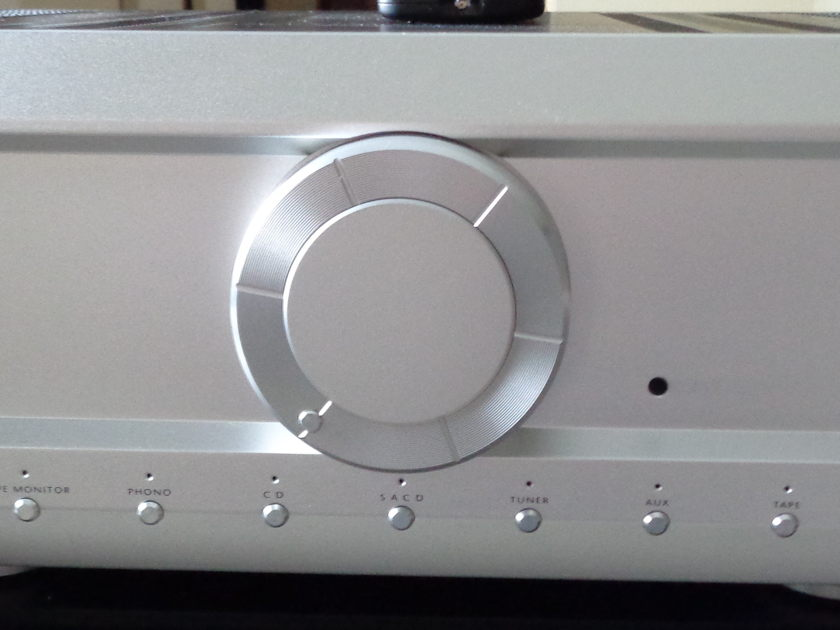 Musical Fidelity kW-500 500 wpc Integrated Amp