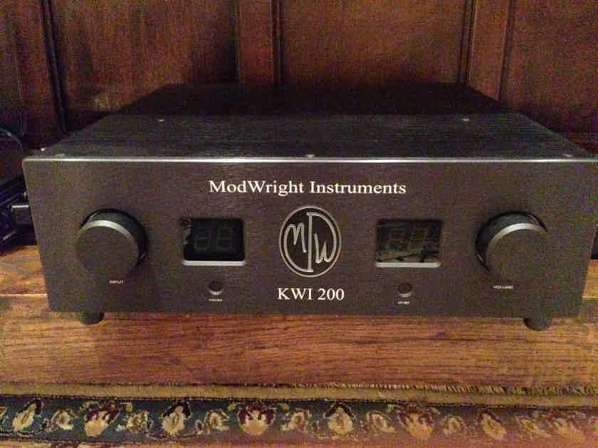 ModWright KWI 200 w DAC & PHONO