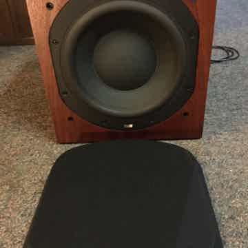 B&W (Bowers & Wilkins) 704
