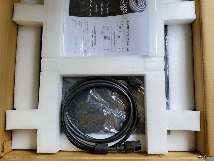 Torus Power RM20 Power Conditioner in Black