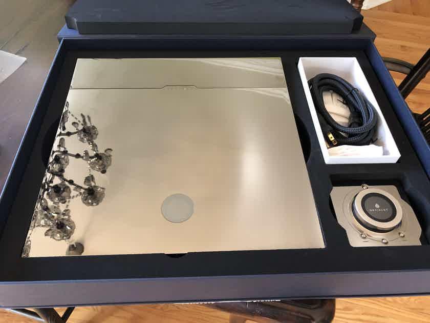 Devialet Expert Pro 220 Core Infinity -- Near Mint -- Fantastic Sound