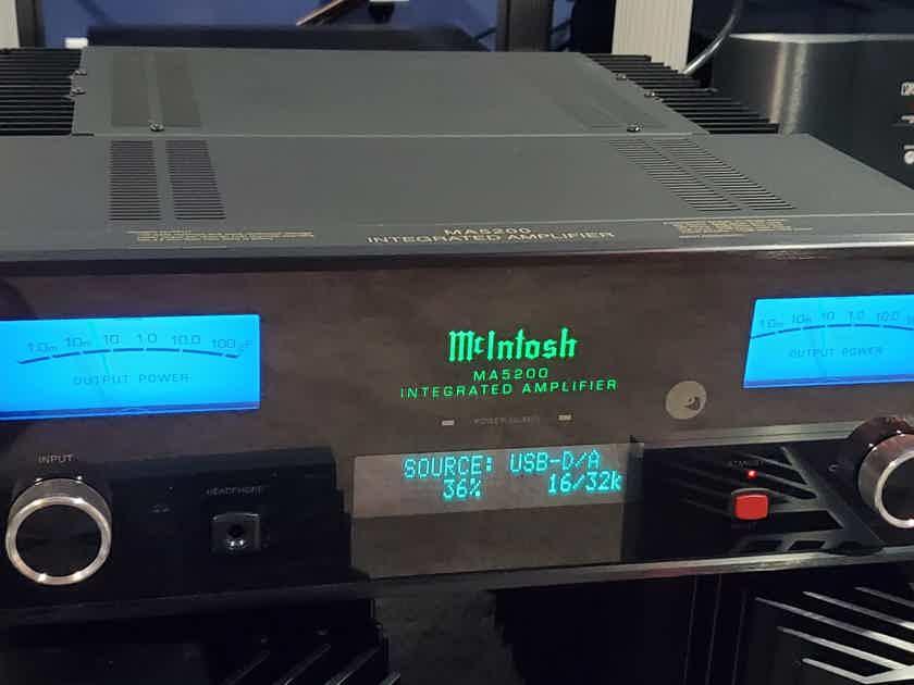 Mcintosh MA5200 INTEGRATED