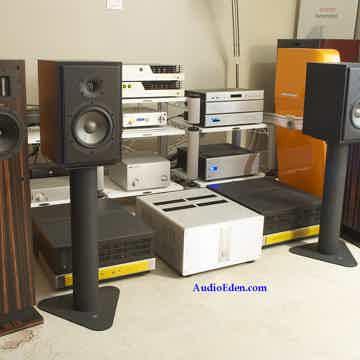 Concerta M12 Monitors
