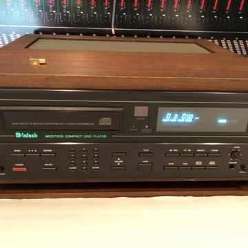 McIntosh Complete McIntosh Four Piece System In Wood Cases