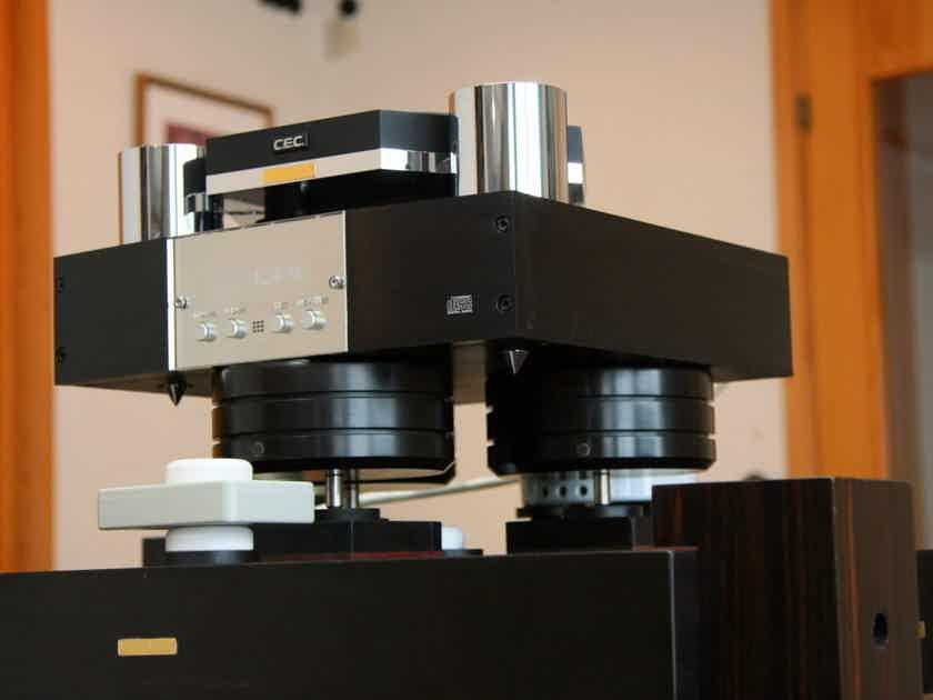 Shun Mook Audio Diamond Resonator Component Feet - hand made in California