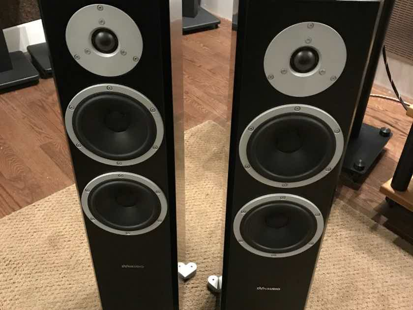 Dynaudio XEO 6 Satin Black with Connect wireless transmitter