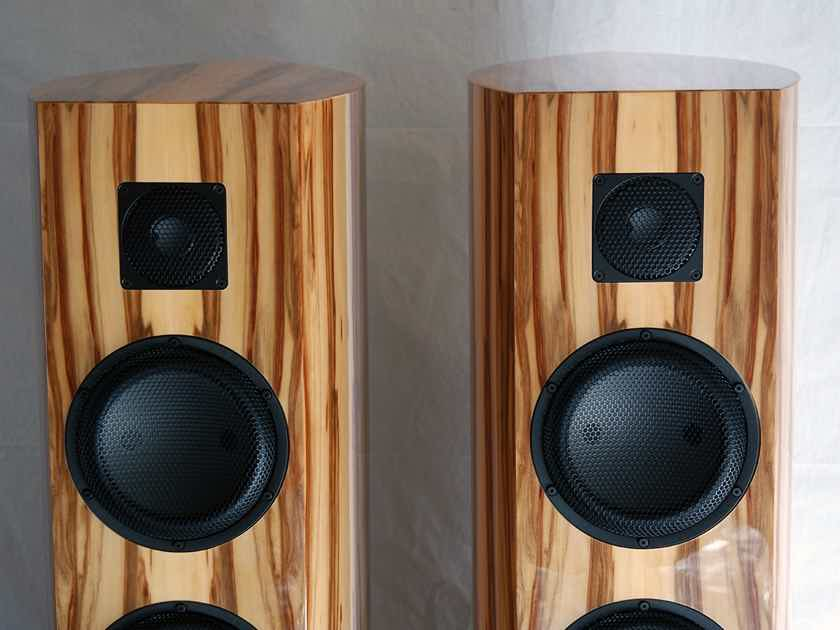 ARTOS Audio Mirage Extended - demo pair in excellent/mint condition - Made in Germany