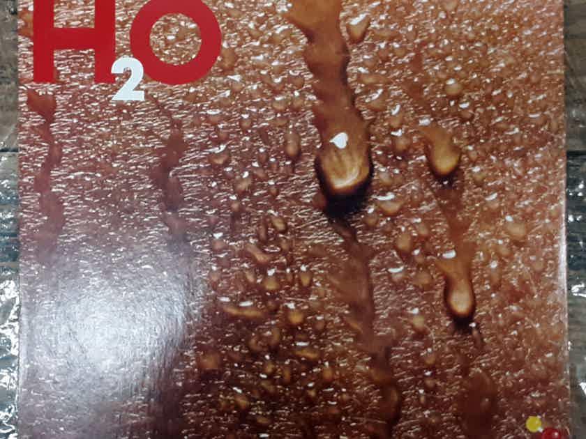 Daryl Hall John Oates - H2O  1982 NM Vinyl LP MASTERDISK RL (Rob Ludwig) RCA Records AFL1-4383
