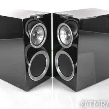 R300 Bookshelf Speakers