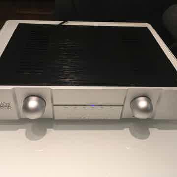 Audio Mirror  Tubadour III