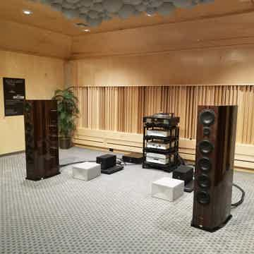 Venture Audio Grand Ultimate II
