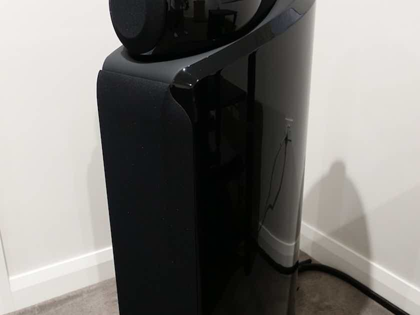 B&W 802D2 Diamond Floor Standing Speakers – Piano Black