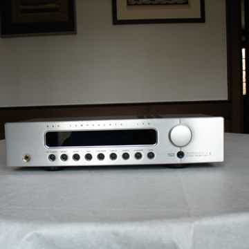 B & K Components  Reference 5 S2 Preamp