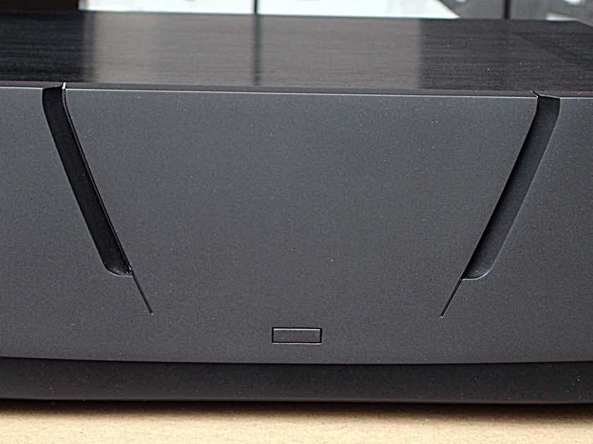 QUAD Platinum stereo amp Mint customer trade-in