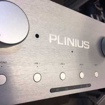 Reference M-10 Preamplifier