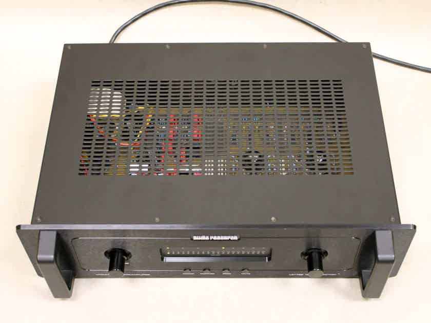 Audio Research LS-17 SE Linestage Preamplifier in Black Finish