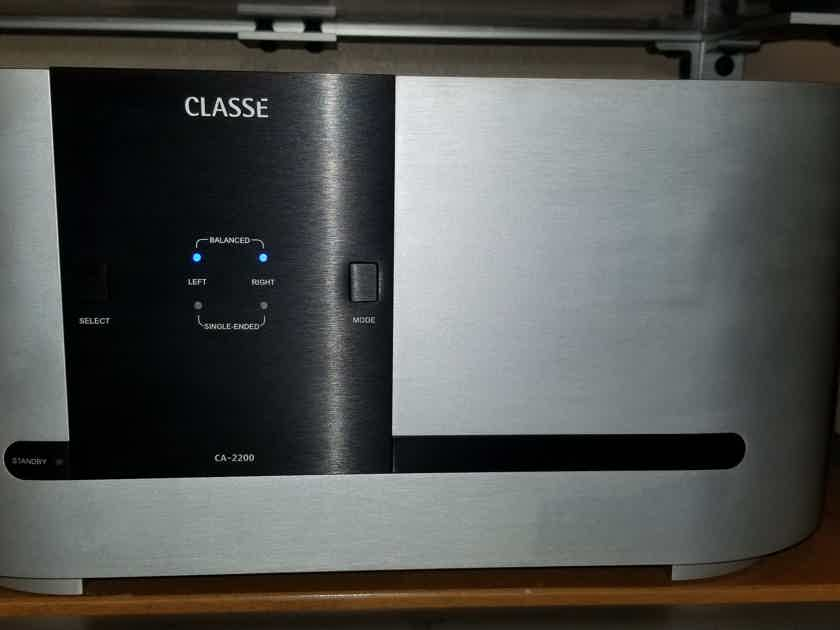 Classe CA-2200 stereo amplifier with no fees