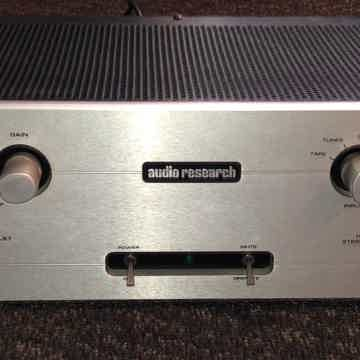 Audio Research LS-7