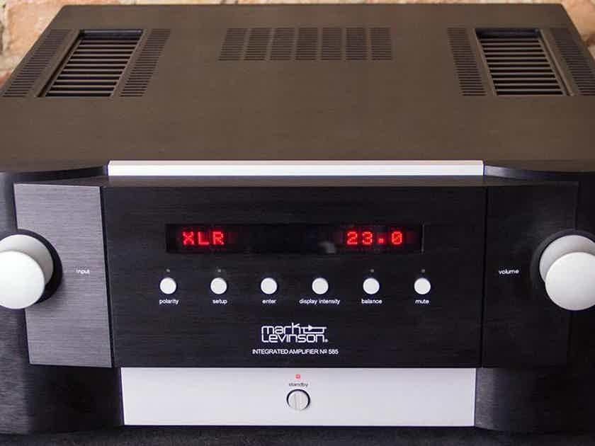 Mark Levinson No 585 integrated amplifier 200w per channel