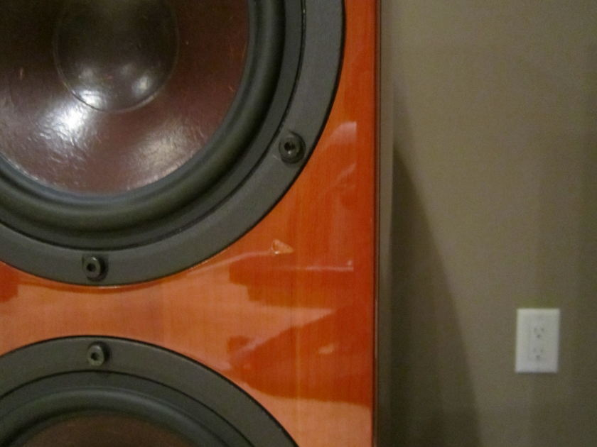 Dali Loudspeakers Helicon 400 Cherry Finish - INCLUDES SHIPPING & PAYPAL