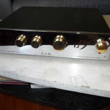 Ear Yoshino Ltd. 868 linestage preamplifier