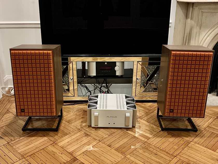 JBL L100 Classic with orange grills, Plus original factory stands. as new Mint.