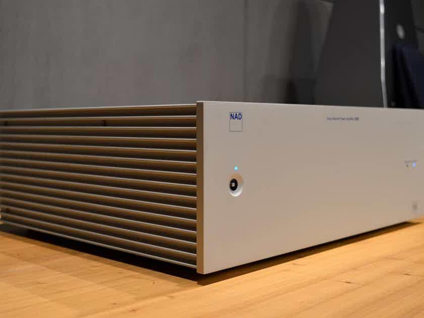 NAD S-250 - 5 Channel x 125 Watt Mono-Block Amplifier - THX Ultra Certified