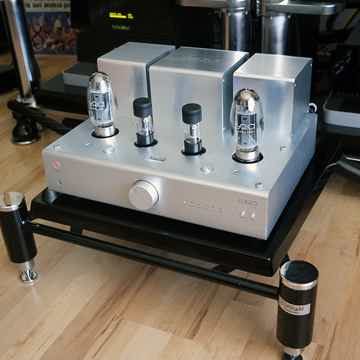 Lyric Audio Ti100 integrated tube amplifier