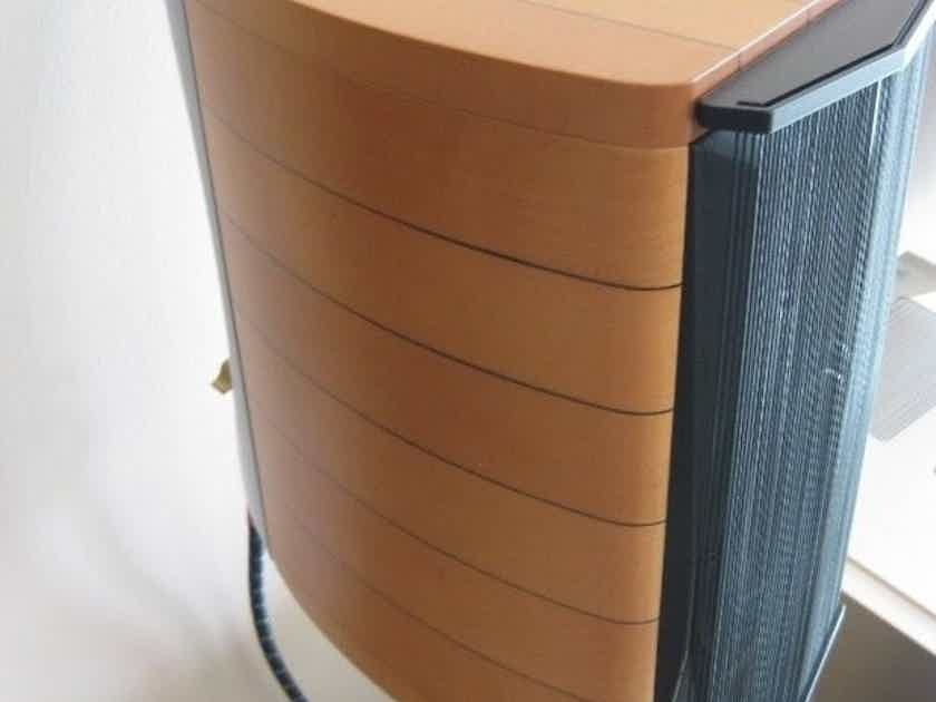 Sonus Faber Cremona Auditor M Speakers Maple w/ Stands Rare ~ Like New