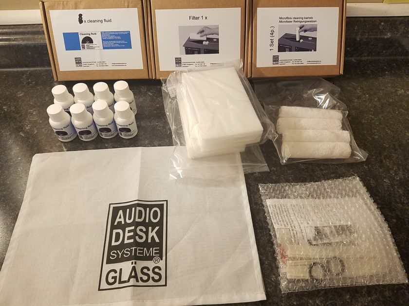 Audio Desk Systeme Vinyl Cleaner Pro New - Bundled with Refresher Kit + more