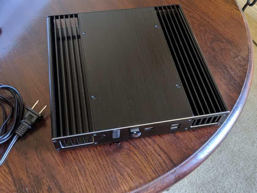 Intel NUC Network Streamer NUC7i7DNBE