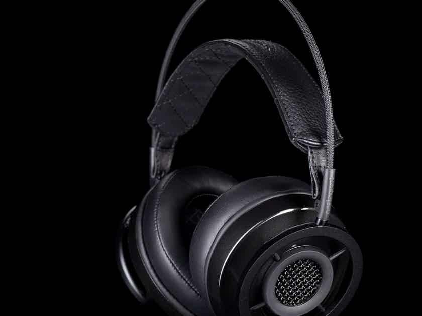 AudioQuest Nighthawk  Carbon - BRAND NEW Factory Sealed Box