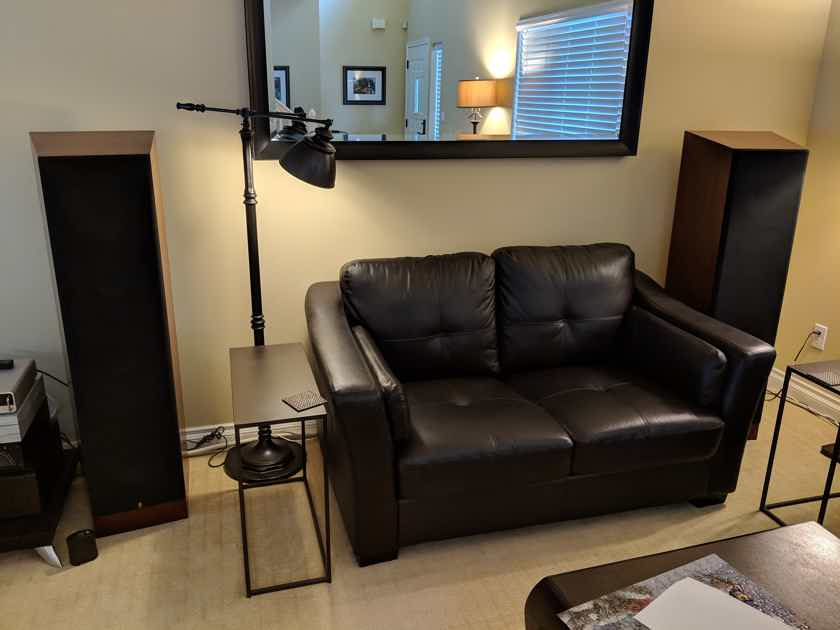 Acoustic Research Classic 30 Speakers