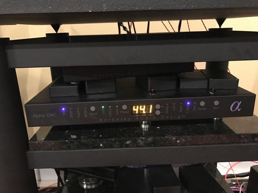 Berkeley Audio Design Alpha DAC Series II