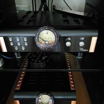 Momentum S200 Stereo Amp
