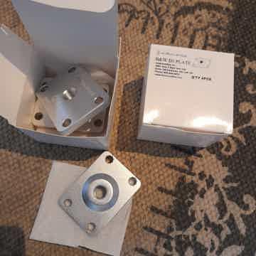 Gaia Series B&W D3 Speaker Plates