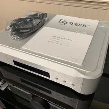Esoteric N-05