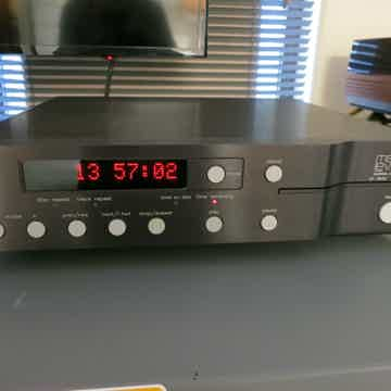 Mark Levinson  No 390s CD Processor