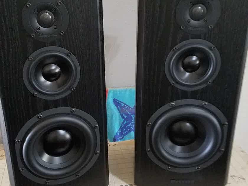Bryston Mini T Pair 3 Way Large Bookshelf Speakers Excellent