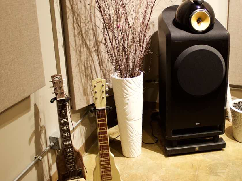 B Amp W Bowers Amp Wilkins 801 Monitors Audiogon