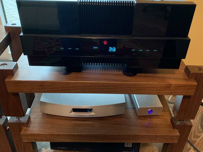 Gryphon Diablo 300 less than 1 year old USA 110-120V