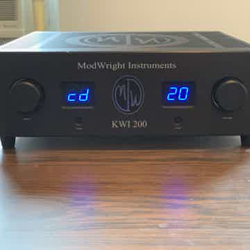 KWI-200 Integrated Amplifer